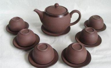 Một số mẫu ấm chén đẹp uống trà được ưa chuộng hiện nay