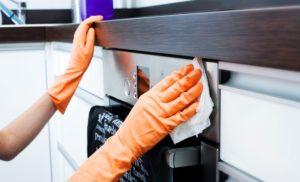 Hướng dẫn vệ sinh máy rửa bát với 3 bước đơn giản