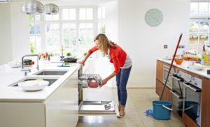 Hướng dẫn cách vệ sinh nhà bếp sạch sẽ, tiết kiệm thời gian