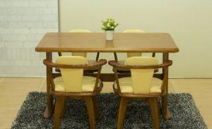 Kinh nghiệm lựa chọn bàn ghế ăn ấn tượng cho gia đình