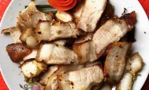 Cách nướng thịt bằng bếp ga sử dụng giấy bạc